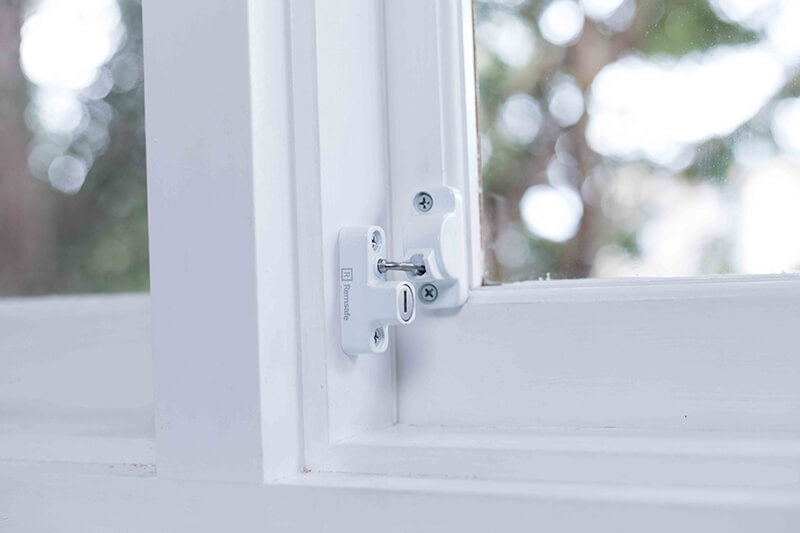 Remsafe Asia Window Locks - Retractable Metrolite