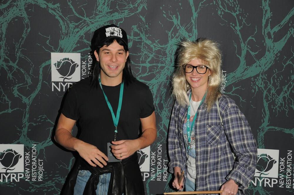 Anna Camp and Skylar Astin