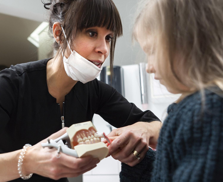 Centre dentaire Drummond - Démystifier la première visite image