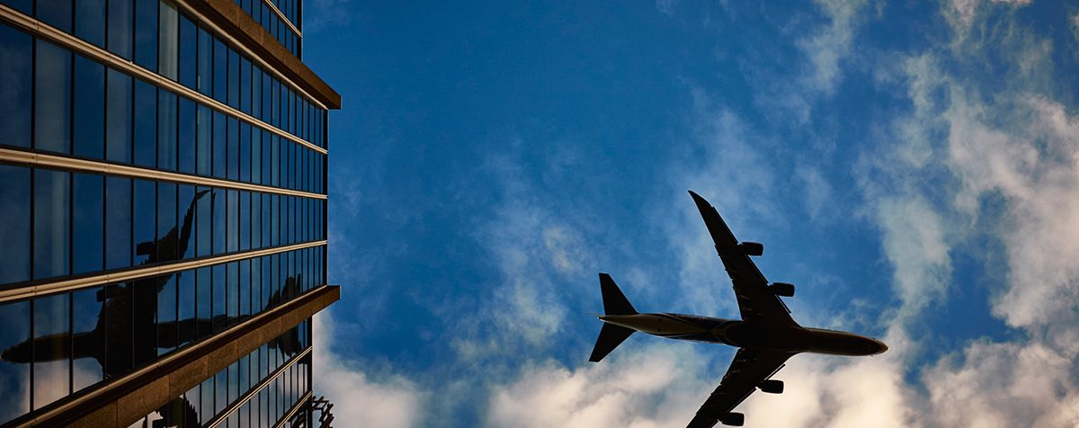 Beat Jet Lag: 8 Tips To Help Your Body Clock