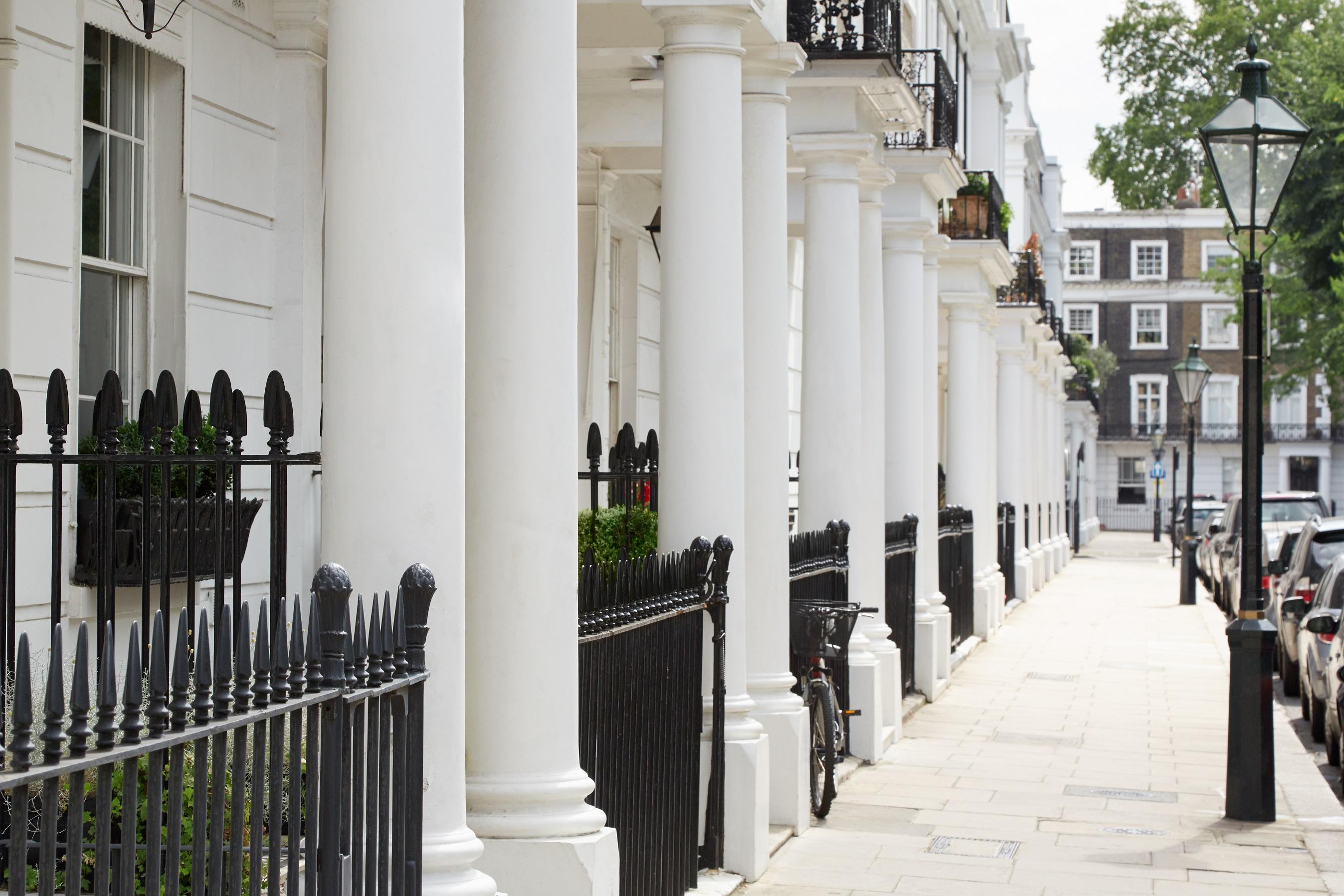 Selecting and viewing London rental properties