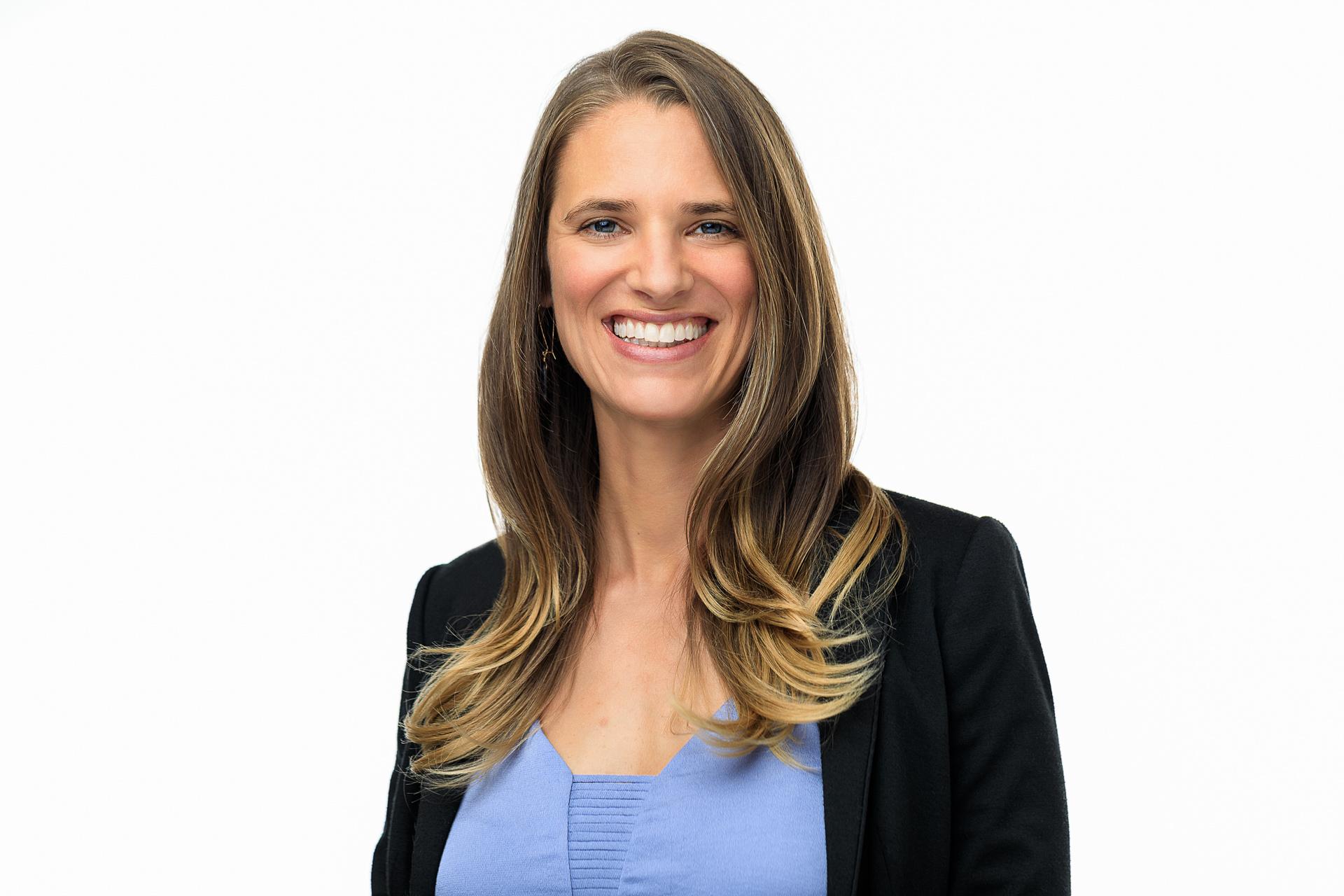 Elizabeth Leibsle Headshot