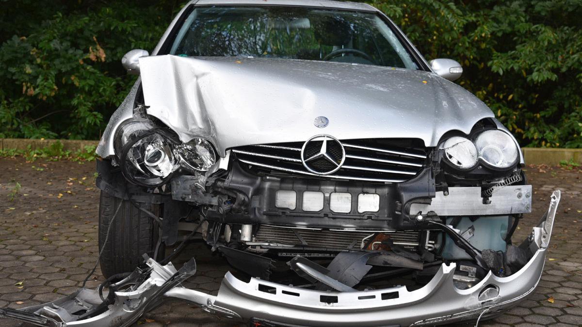 Unfall Leistungen der Obstoj & Leykamm KFZ-Sachverständige in Nürnberg
