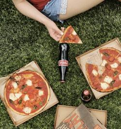 @tinaeats NYC food influencer instagram