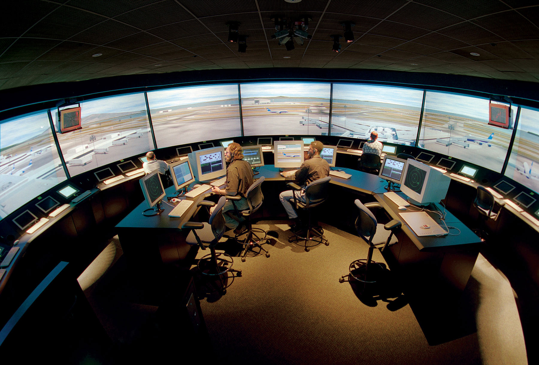 MaxSim ATC Simulation and training
