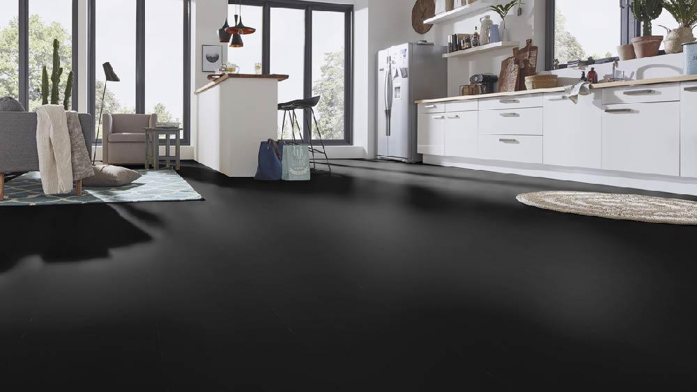 Laminatboden – Jane – Endlos schwarzer, glänzender Boden – Muster bestellen!