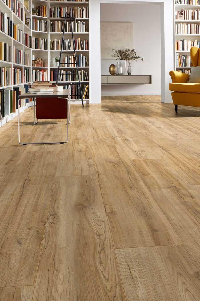 Laminatboden Tica – Natürliches, spanisches Eichenholz – Muster bestellen!