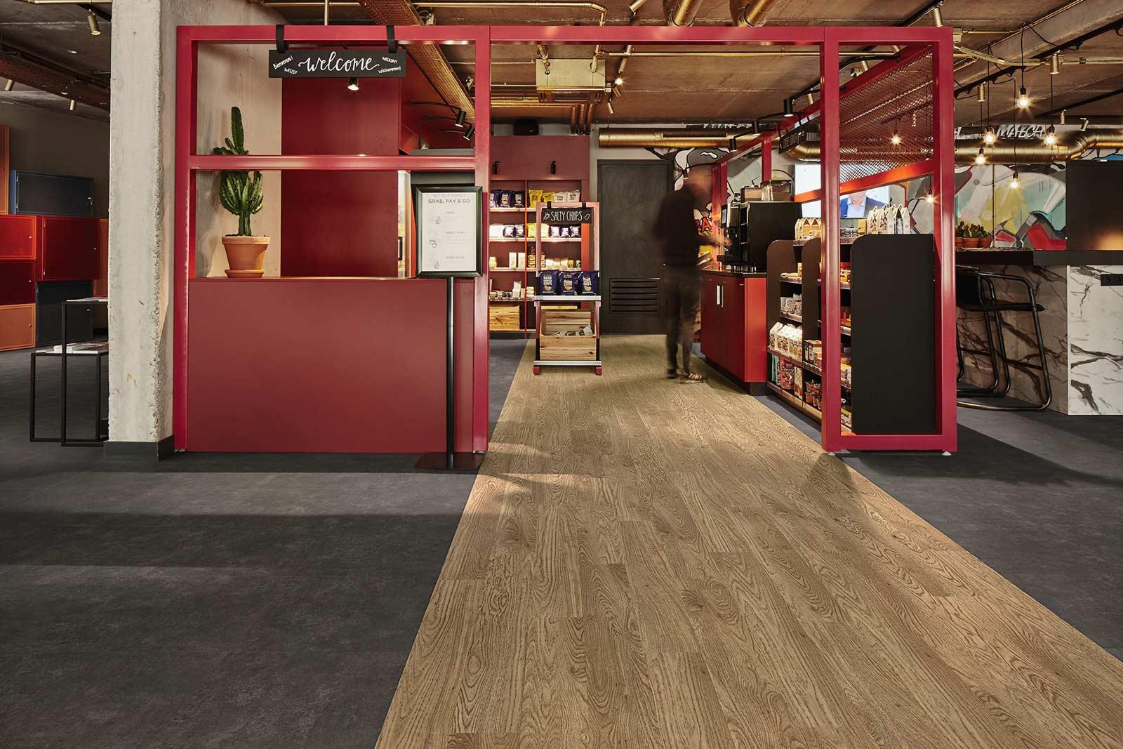 Vinylboden Nero Concrete – Schwarzgraue Zement Optik aus hochwertigen Materialien – Kostenloses Muster bestellen!