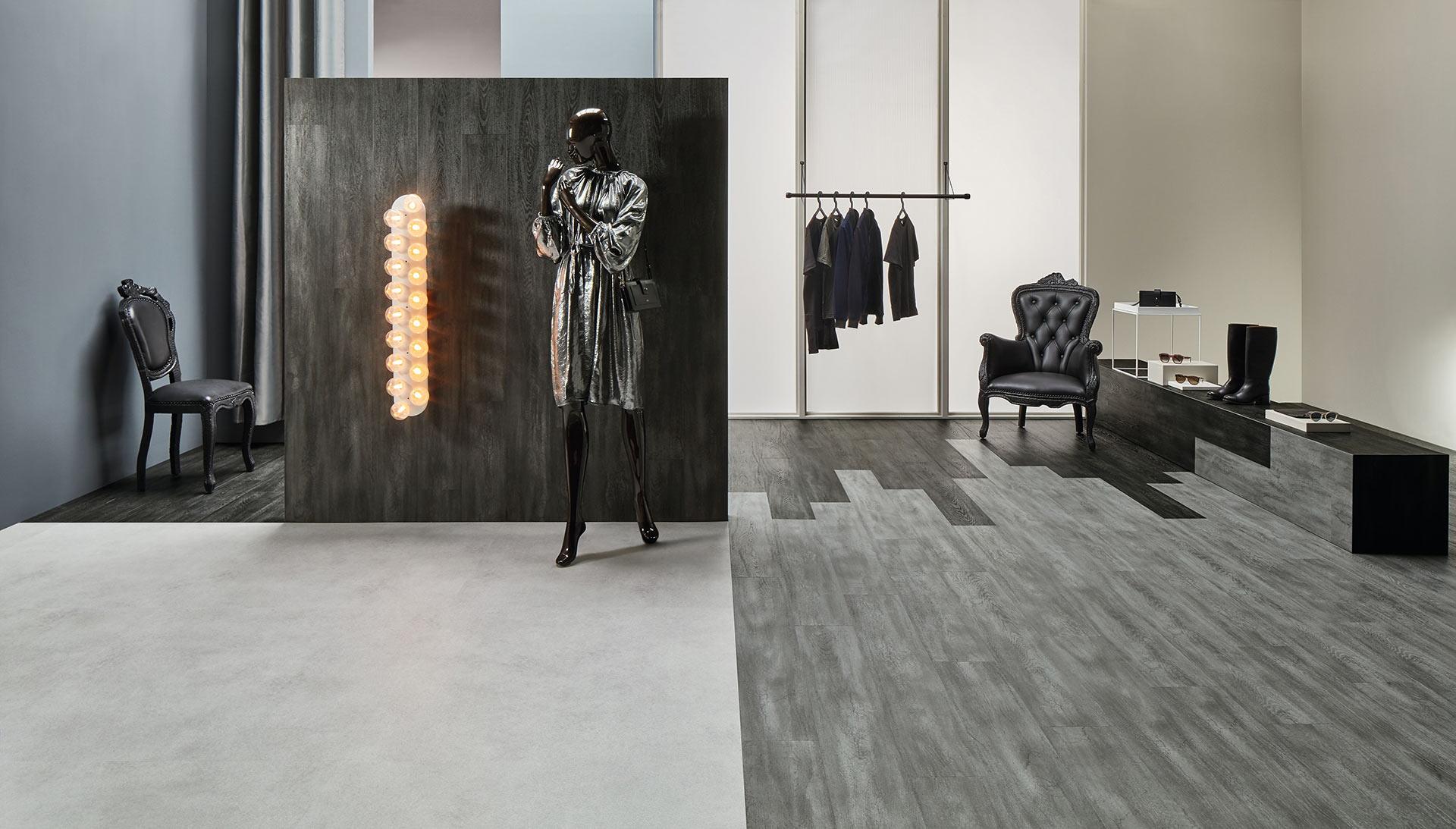 Vinylboden Petrified Oak – Grau chargierendes Holz in natürlichen Farbnuancen – Jetzt kostenloses Muster bestellen!