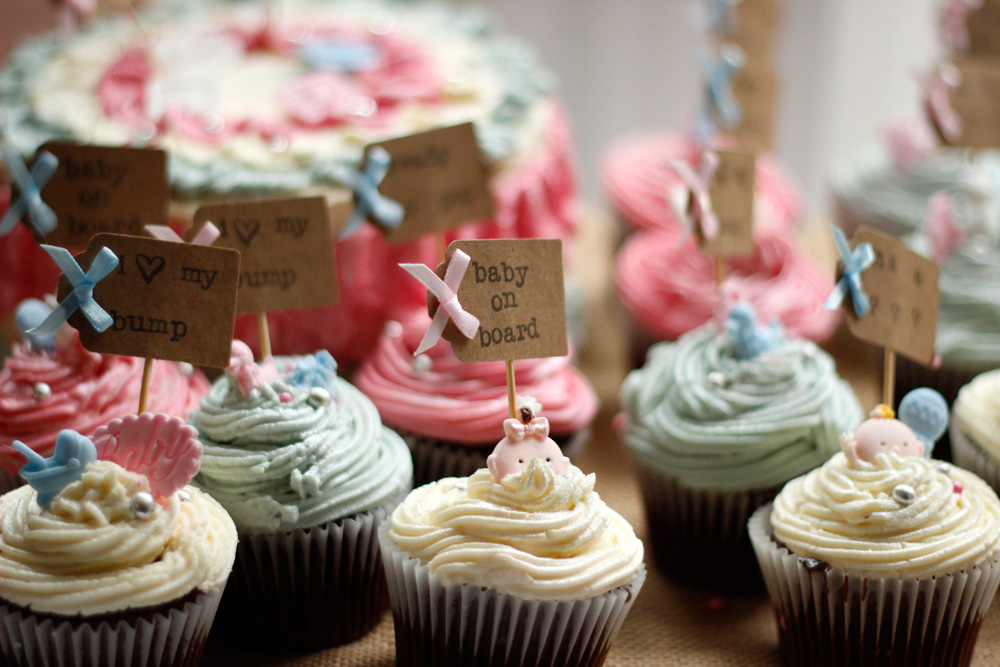 Cup cakes with pretty icing and decorations