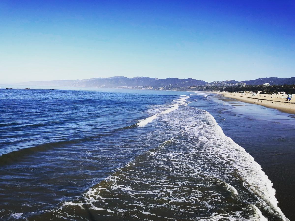 Hello, Santa Monica