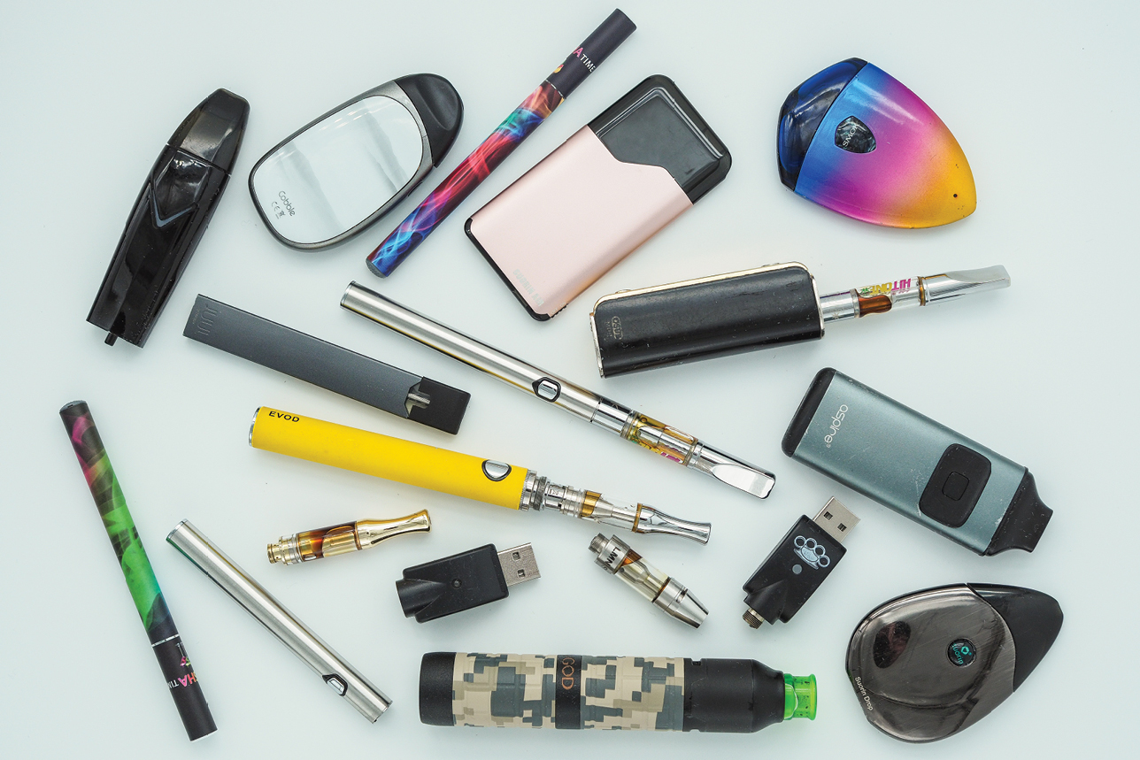 A picture of different vape devices