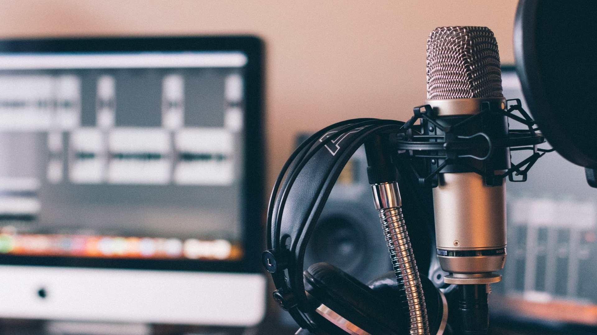How to Set Up for Great Audio on Your Podcast