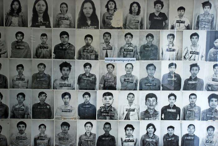 Ouk Sambo est né à Phnom Penh le 28 juillet 1957. Il avait 18 ans lorsque le régime des Khmers rouges a pris le pouvoir. Il a survécu à la période la plus sombre de l'histoire du Cambodge.