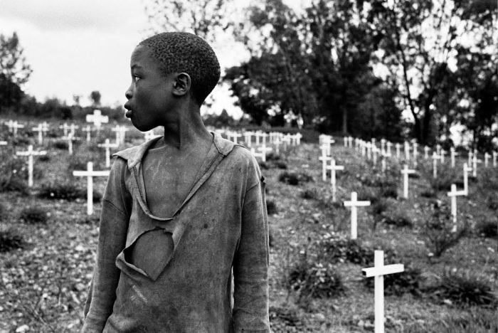 Gaylord Van Wymeersch, reporter de France Inter, a rencontré Benjamin Rutabana, un tutsi dont la famille a été massacrée en 1994, il vit aujourd'hui à Bruxelles.