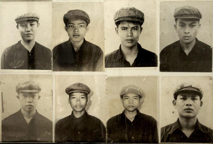 """Ces 8 photos, présentées au musée de Tuol Sleng, figurent certains des gardes du camp, des """"bourreaux si ordinaires""""..."""