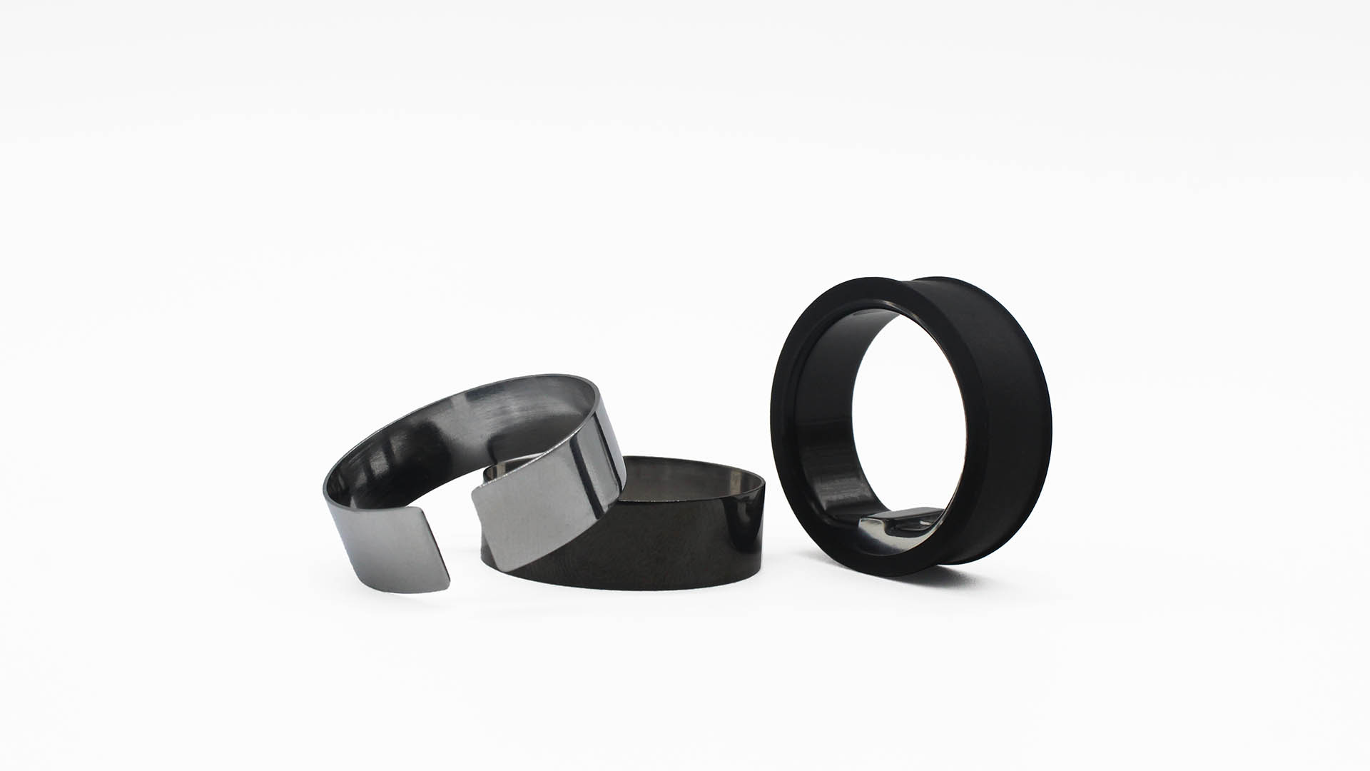 Circular rin replacement shields