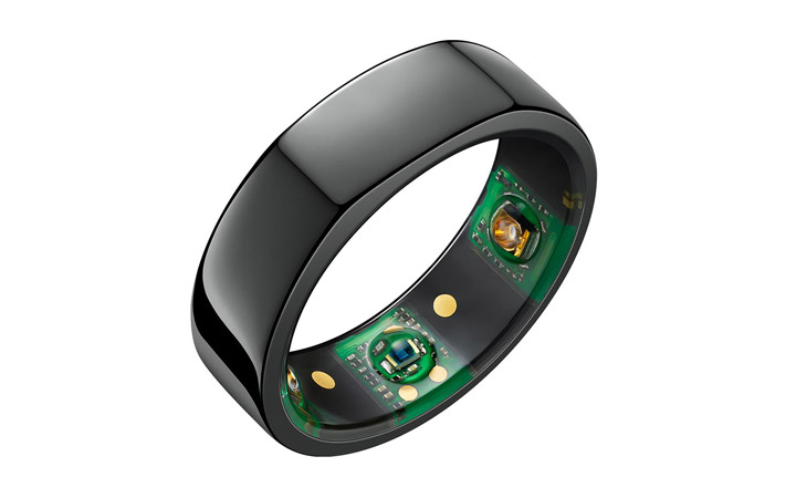 oura ring in black
