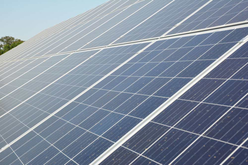 Professional solar panel cleaning in Yolo and Solano County, CA