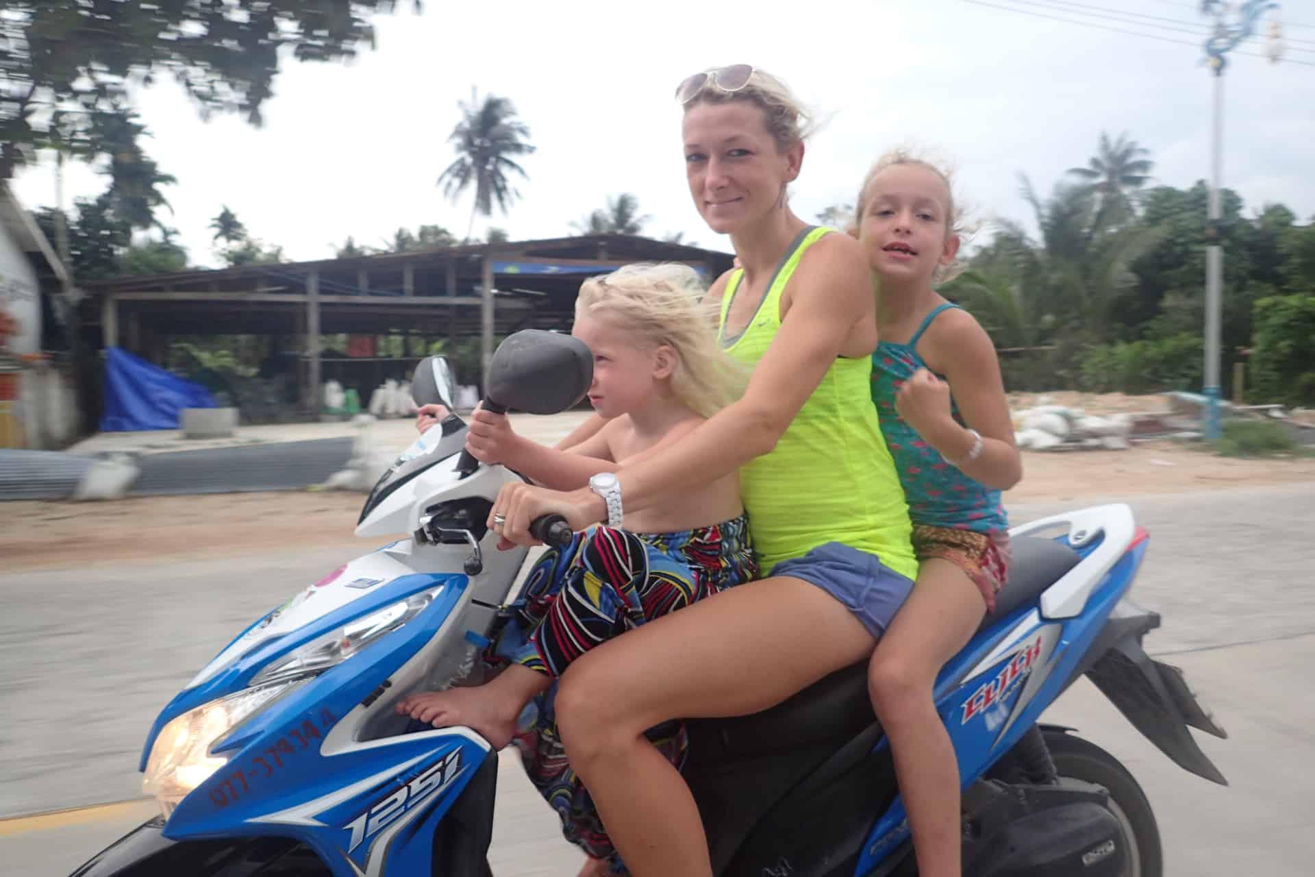Familie auf Weltreise Thailand Leichsenring