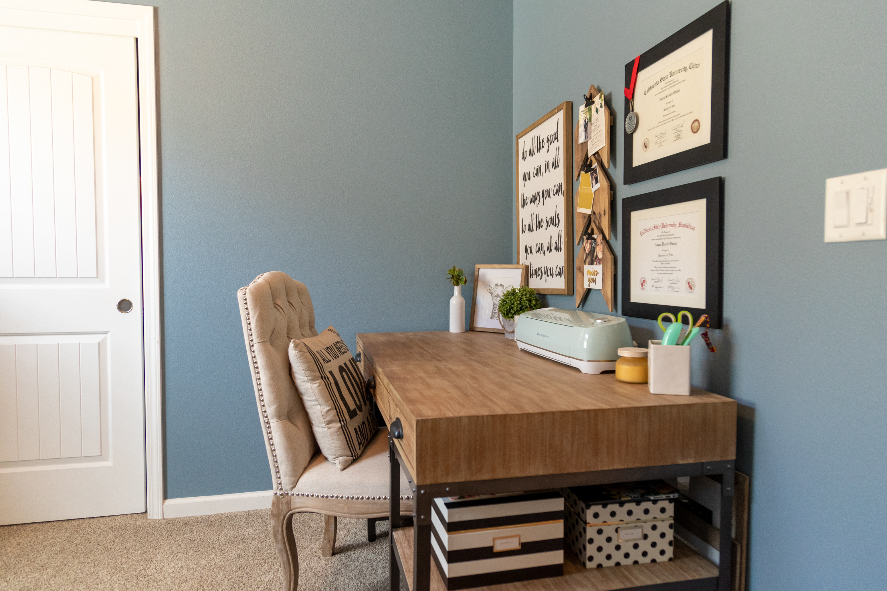 photography portfolio example - home office desk and chair with blue walls