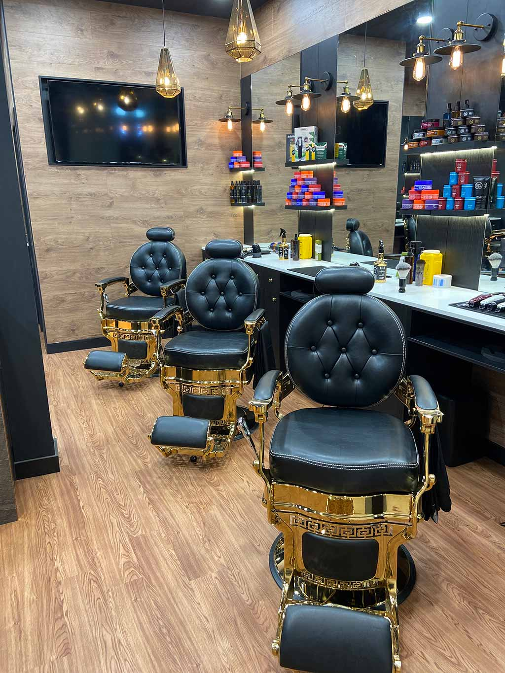 The Luxury Barber - now open at Toormina Gardens
