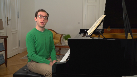 Nicolas Namoradze teaches Arabeske Schumann on tonebase