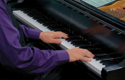 Grieg Piano Concerto: III. Allegro moderato molto e marcato