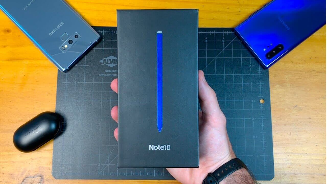 Samsung Galaxy Note 10 (Aura Glow) - Unboxing and First Impressions