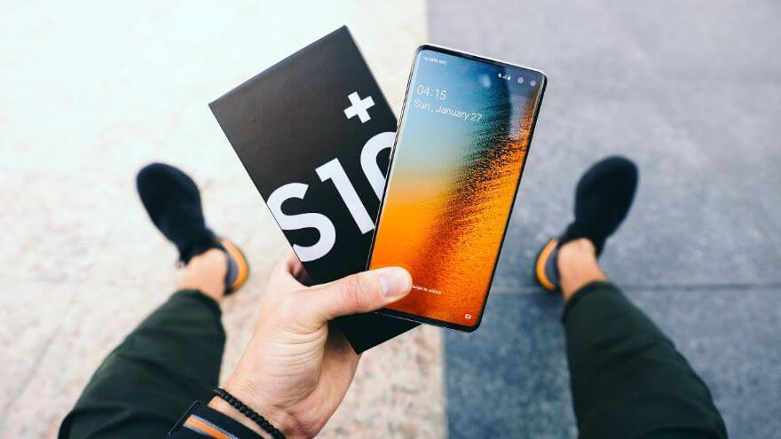 Samsung Galaxy S10+ UNBOXING and GIVEAWAY!