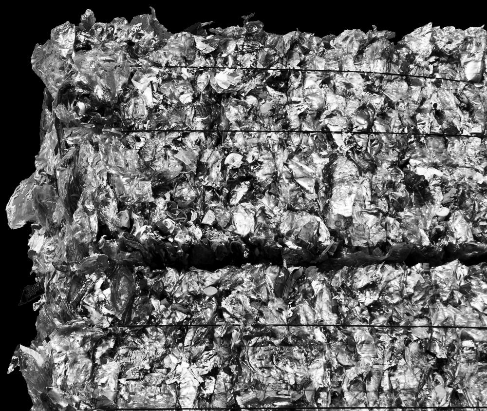 Imagem decorativa de um fardo de resíduos