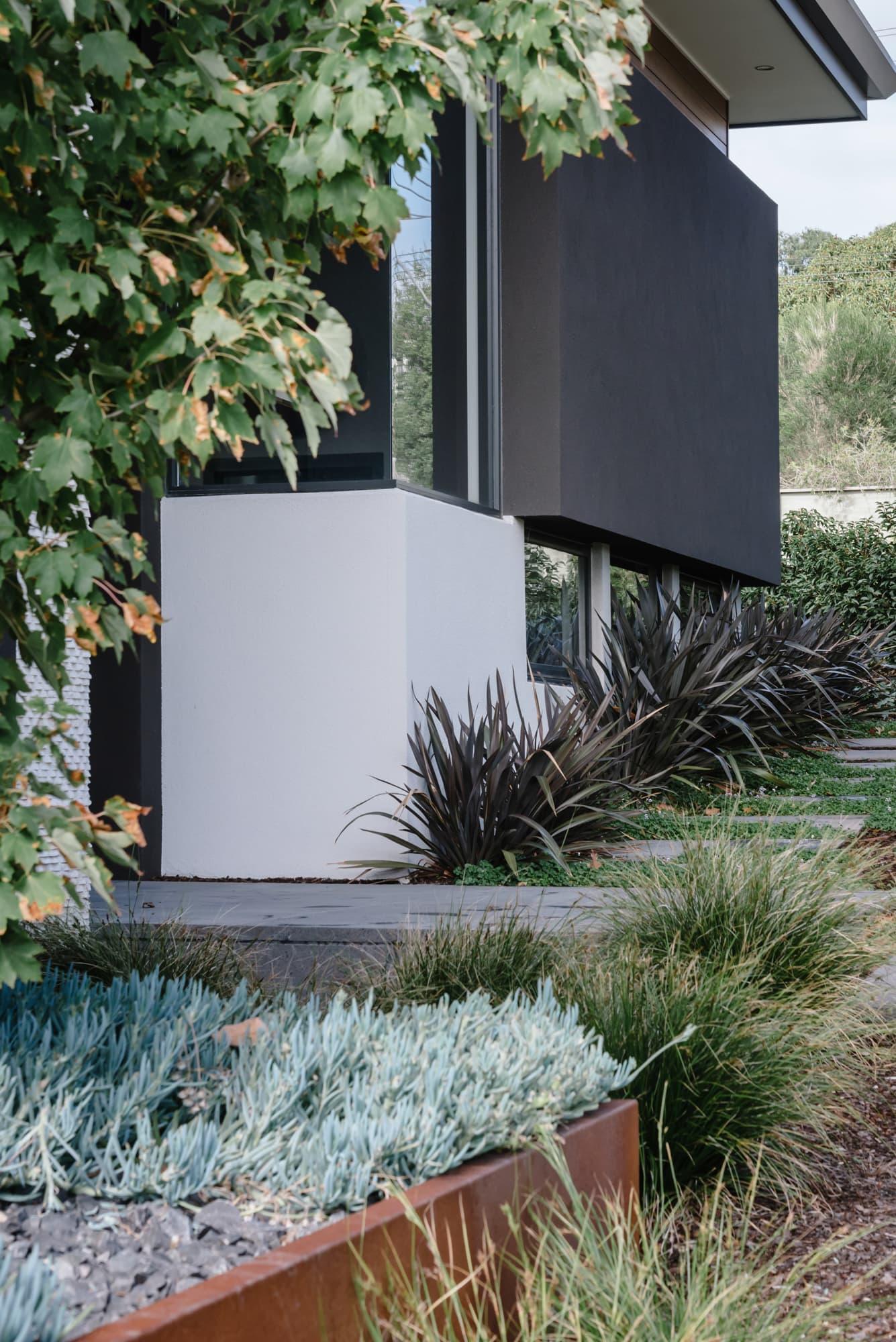 Mark Travers Landscape Architect