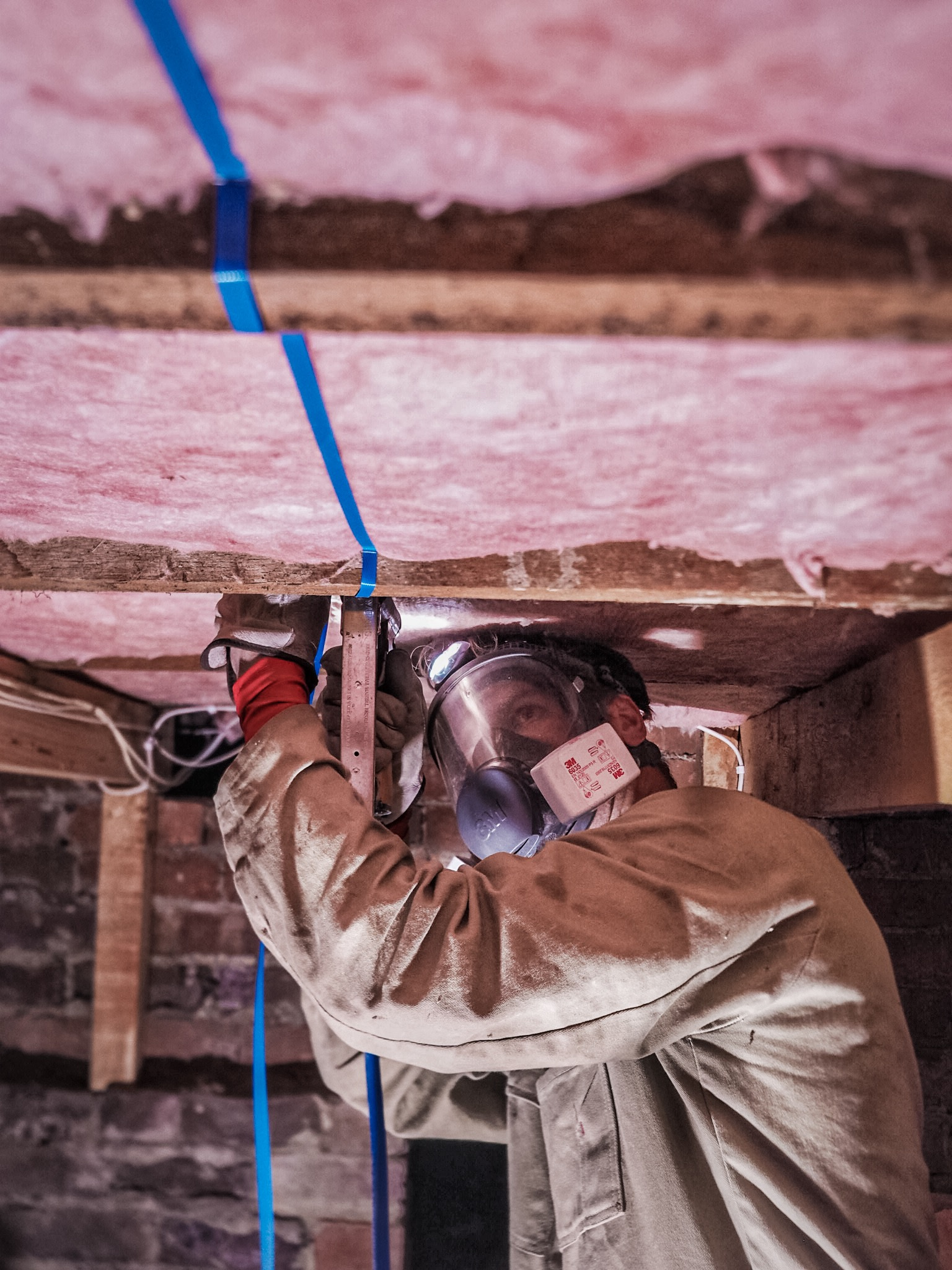 Installing hobart insulation safely