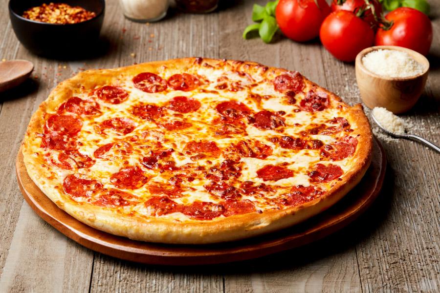Pepperoni Pounder Pizza