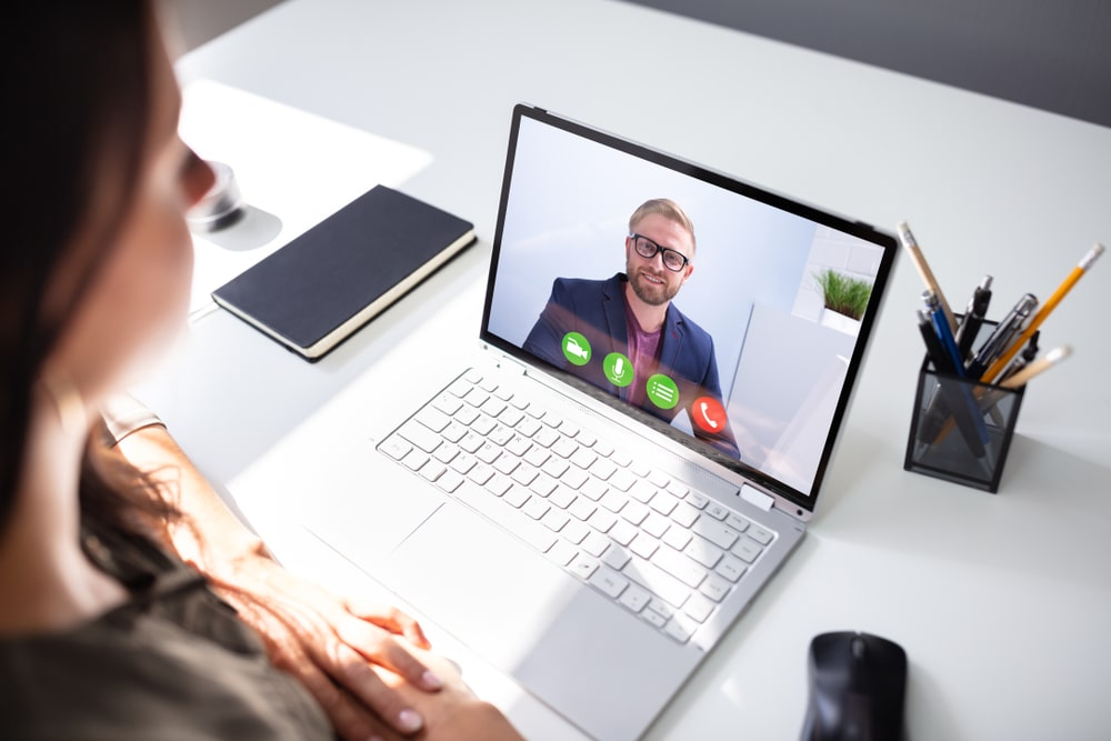 Online Meeting with a Virtual Assistant