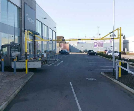 Swinging Height Barrier 6M-12M UK