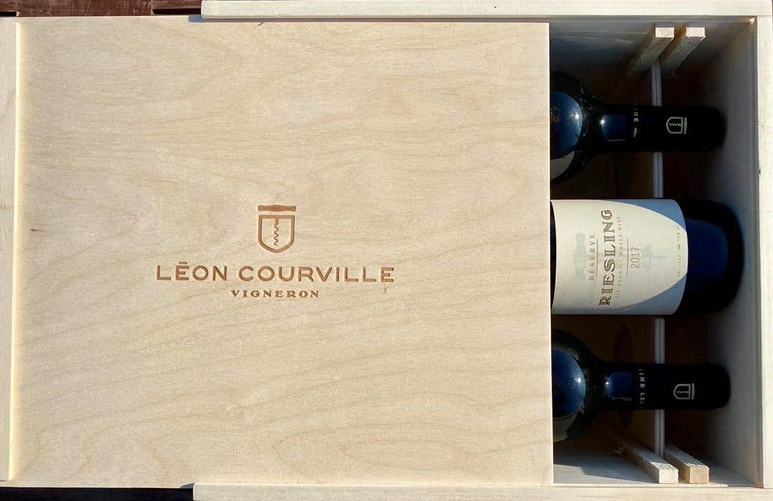 Three bottle wooden case