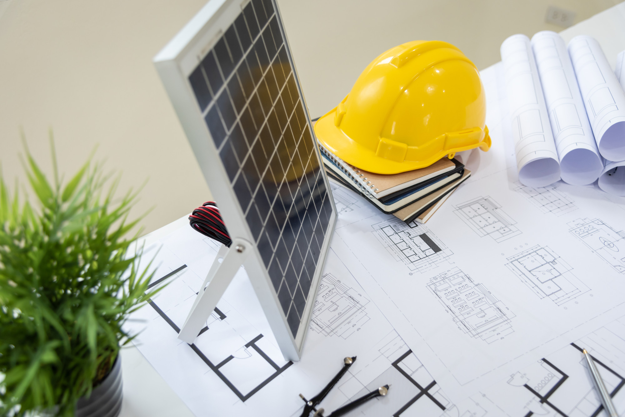 5 Questions to Ask Before Hiring a Solar Contractor