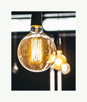 lightbulbs - Ellemsee Media