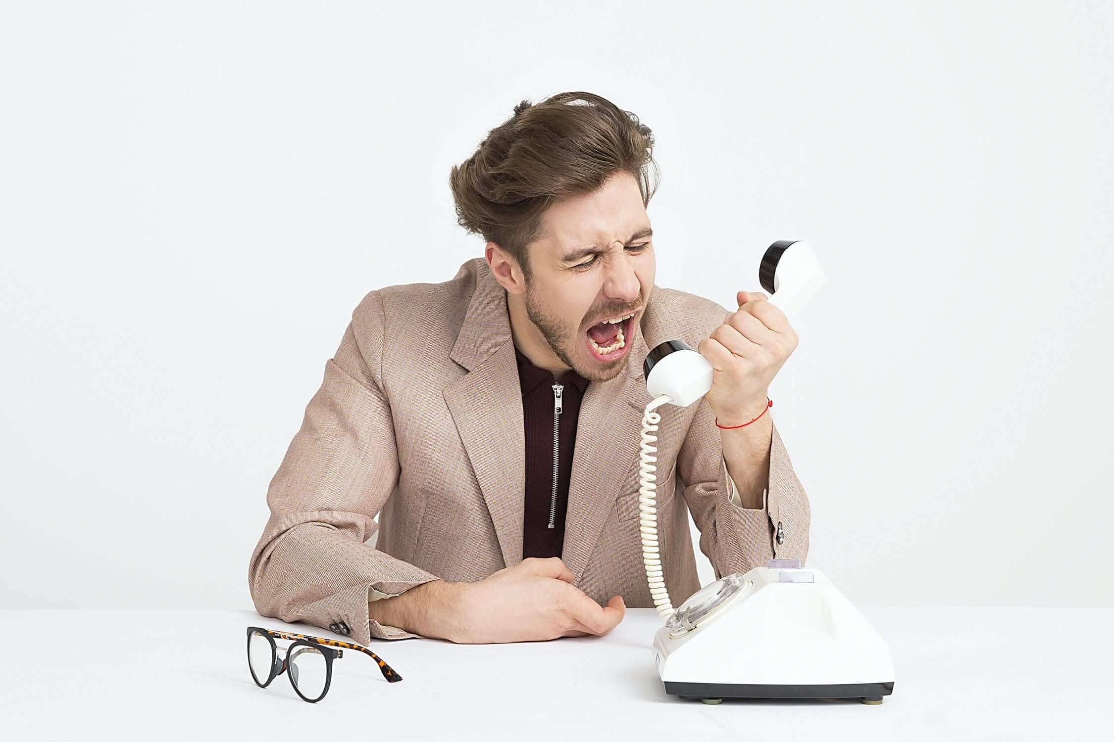 Wat zijn ongewenste contacten?