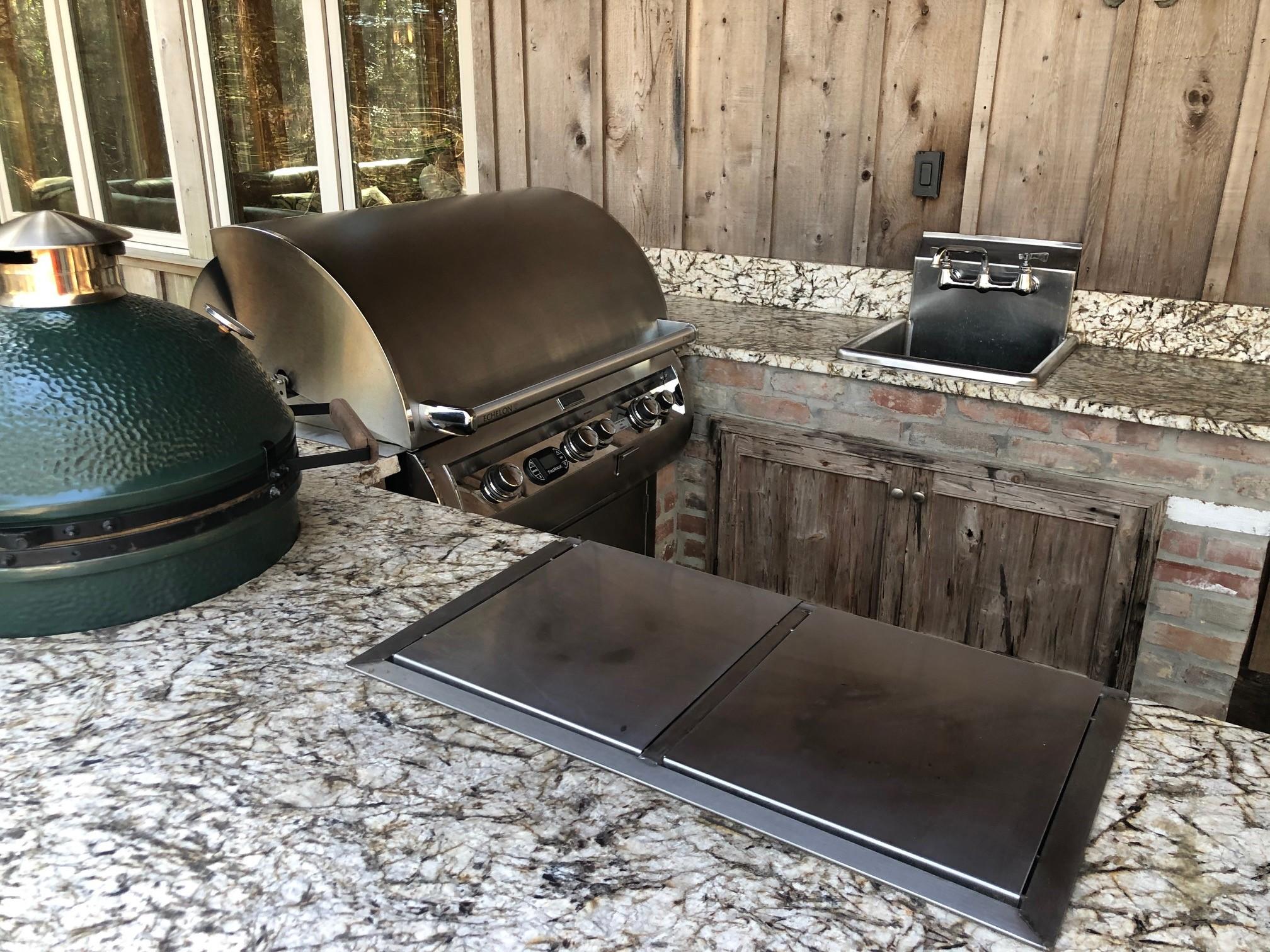 Cabin 4 Outdoor Grills