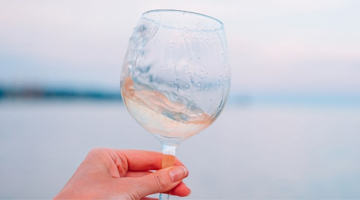 "Sweet white wine: What is ""Sweetness"" in Wine and How is it Determined?"