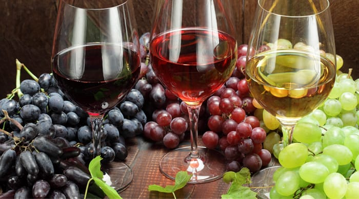 Different grape parts used in making red wine and white wine