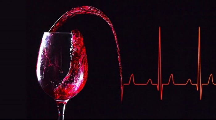 Health benefits of red vs white wine