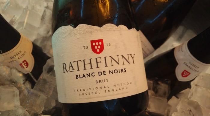 Sparkling red wine: Blanc de Noirs