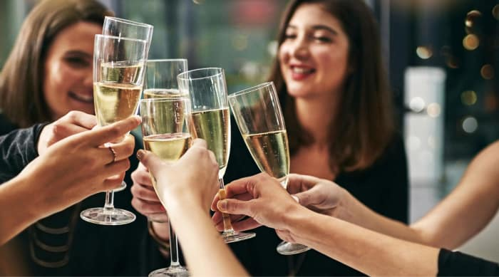 What gives Champagne and Sparkling Wine its Bubbles?