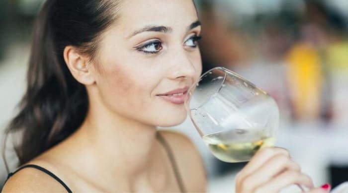 How Does White Wine Taste?