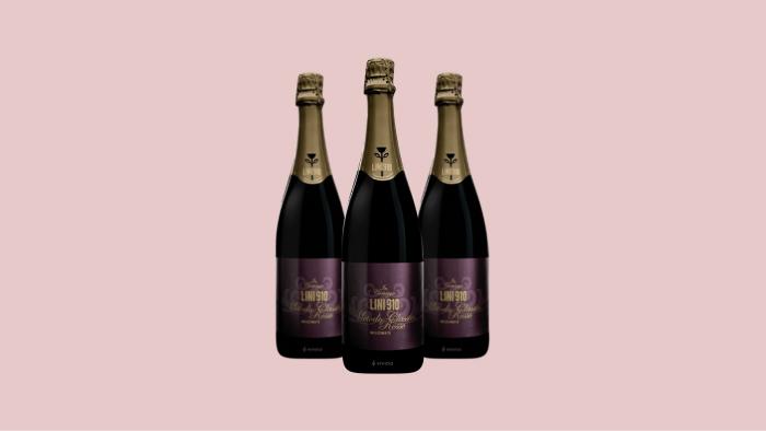 Lambrusco wine: Lini 910 in Correggio Rosso Metodo Classico Millesimato 2007