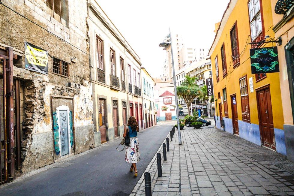 I den men metropole hovedstaden er det lett å glemme at man befinner  seg midt i Atlanterhavet, kun 300 km fra Sahara og Afrikas kystlinje.