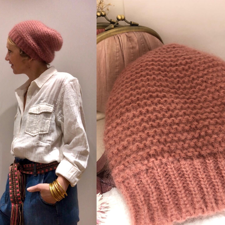 Les bonnets sont arrivés, Il y a du rose, du gris, du taupe et du marine, 50% super kid mohair 🤍https://www.instagram.com/p/CHyHwHjFolZ/